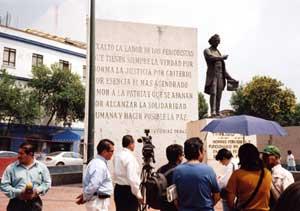 Le Mémorial en l'honneur des journalistes tués . © Benoît Hervieu