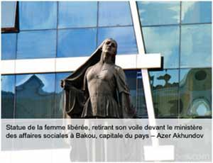 Statue de la femme libérée à Bakou