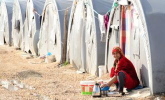 Syrian people in refugee camp in Suruc
