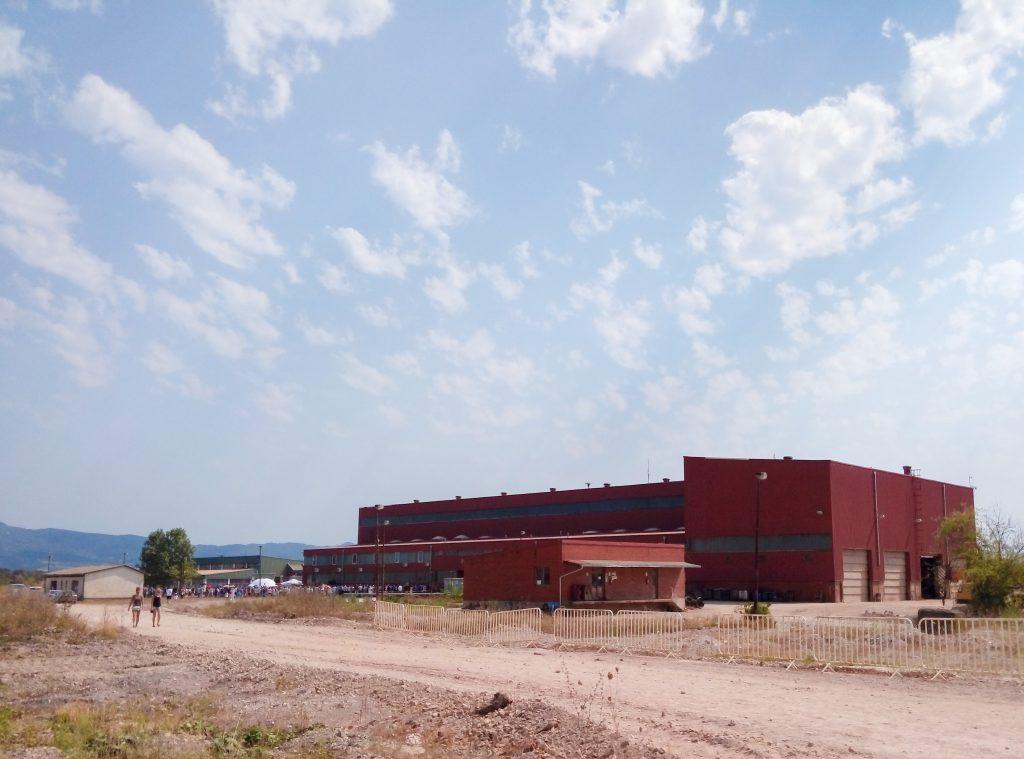 L'usine d'Omarska.