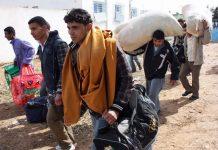 Libyens fuyant la mort